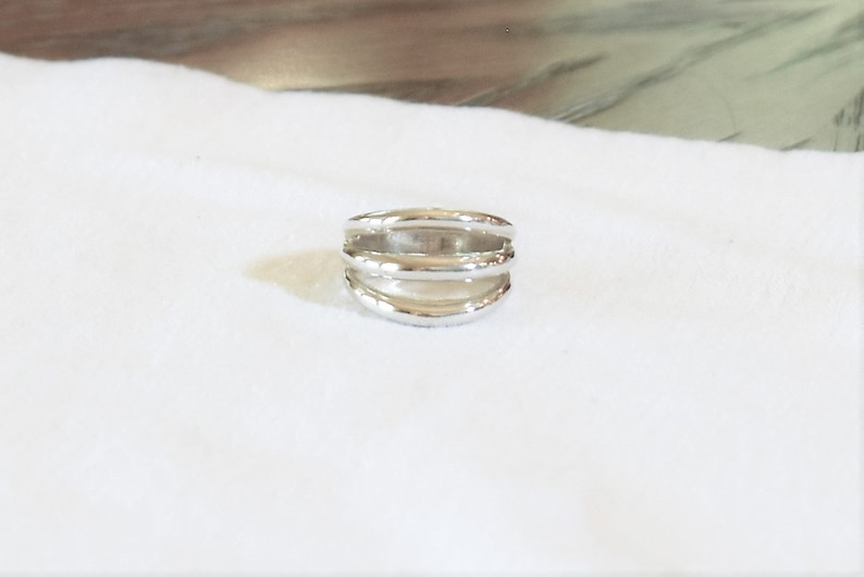 Three Row Silver Ring  Size 6