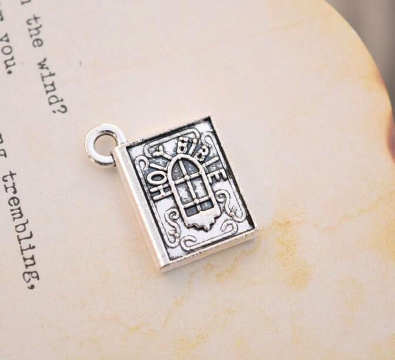 20 antique silver holy bible charms bible charm pendant pendants (HJ02)