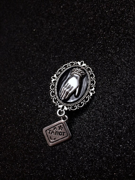 Halloween Witches Ravens Head with Diamante eye charm in black velvet pouch