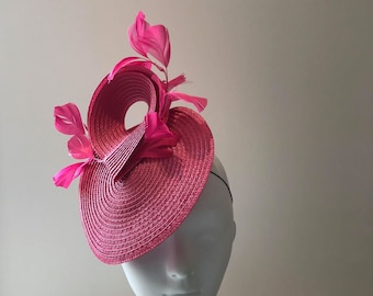 Pink Derby Hats, Pink Ascot Hats, unique derby hats, pink fascinators and hats, big pink derby hats, Best hats to wear at the derby pink hat