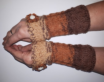 Knitted Wrist Warmers Womens gloves Arm warmers green