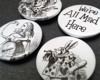 Alice in Wonderland badges - 25 mm - Classic - Book - Illustrations - Mad Hatter - White Rabbit - Pin back button