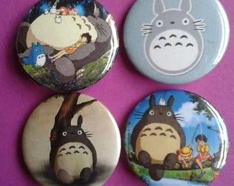 My Neighbour Totoro badges -- 25mm -- Totoro -- Studio Ghibli - Anime -- Satsuki -- Mei -- Pin -- Pin back button