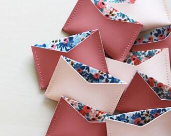 Titulaire de la carte floral, titulaire de la carte de pêche rose, titulaire de la carte rose de thé, porte-cartes en vinyle, le titulaire de carte écologique végétalien, porte carte en faux cuir