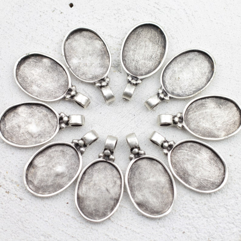 DIY Pendant Blank Bezel Base Setting Necklace Blank Mountings Antique Silver Plated zm640