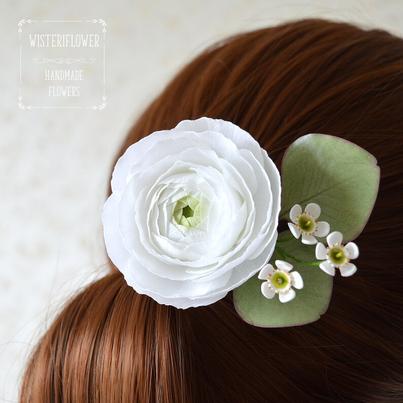 White flower Wedding hair piece Eucalyptus wedding hair pin Bridal Tropical wedding Bridesmaid gift Ranunculus Wax flower Woodland headpiece