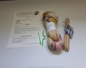 Slouch cable hat knit kit