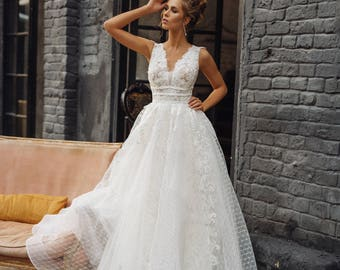 Wedding dress 'MILANA' // Full lace wedding dress, V-neck, V-back, lace skirt, sleeveless, princess wedding dress