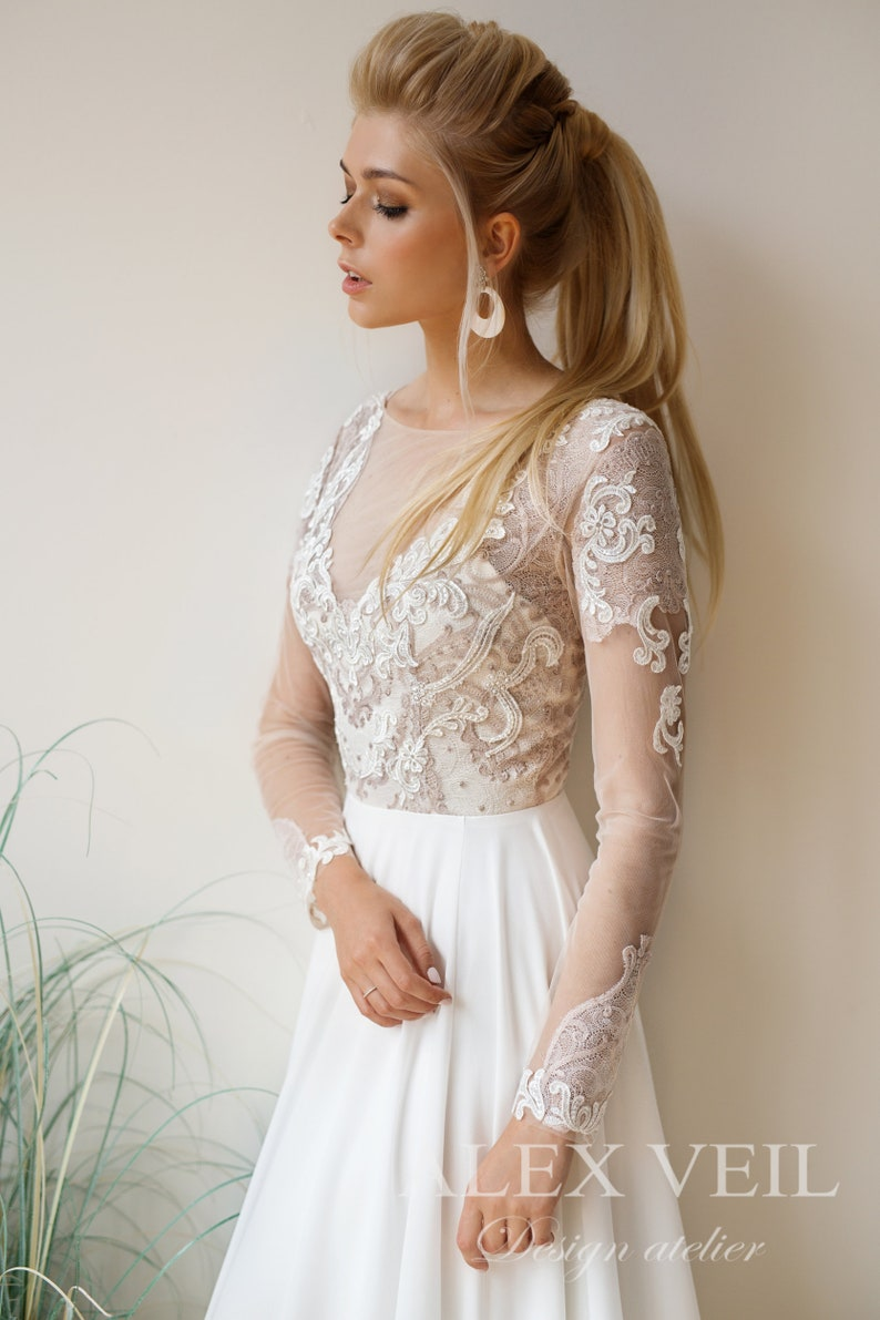 e9c2c529a98 Wedding dress  ALEXIS     Boho wedding dress with lace