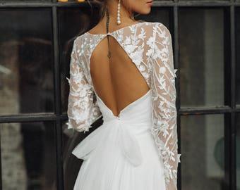 Wedding dress 'CATHERINE' // lace wedding dress, long sleeve wedding dress, convertible wedding dress, transformer, 2-in-1 wedding dress