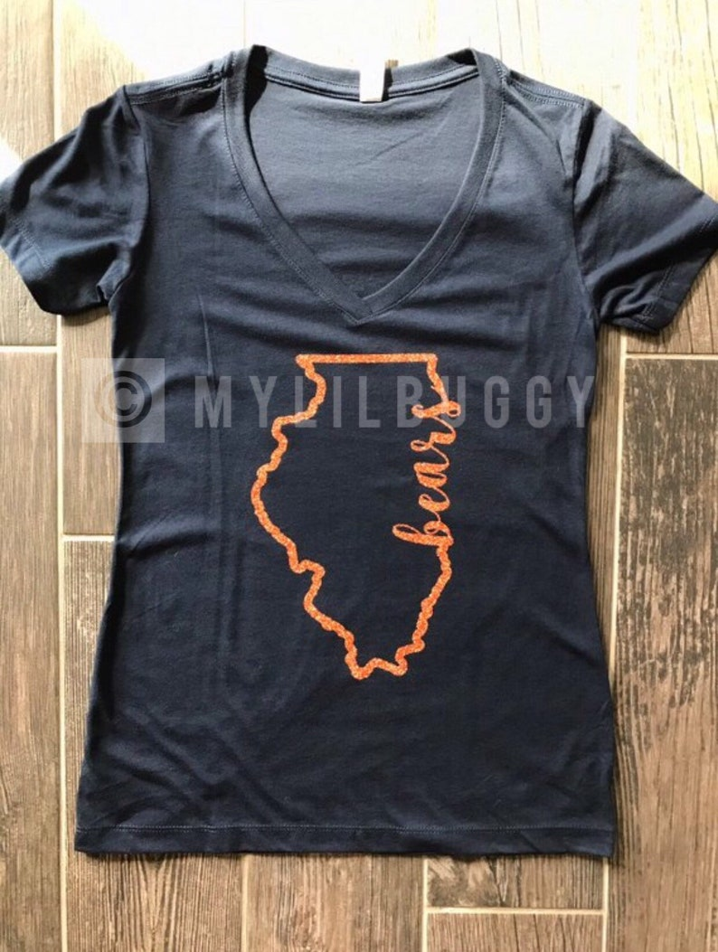 best website d3d67 7f176 Women's Bears v-neck shirt. Chicago Bears shirt. Chicago Bears. Bears  shirt. Bears. Navy and orange. Navy. Orange. Many sizes. Many colors.