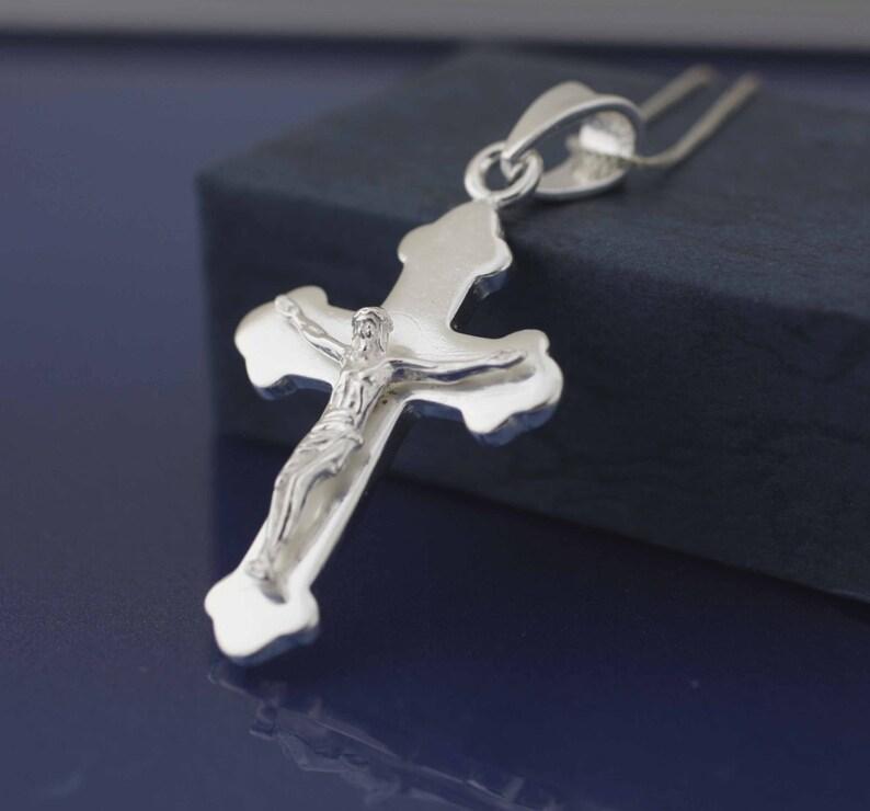 8721e780a98d Cruz de plata esterlina collar Medieval Cruz collar Crucifijo