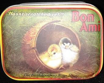 Bon Ami Chicks in a Barrel Small Tin