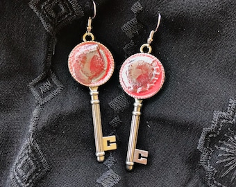 Coral Crater Key Earrings
