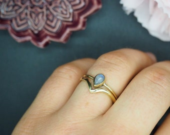 AWAN Moonstone Brass Ring