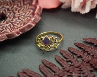 LOTUS Amethyst Brass Ring