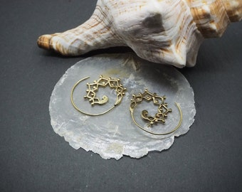 WAMAN Spiral Brass Earrings