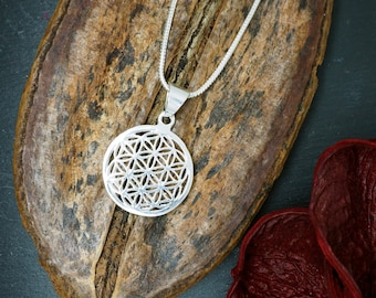 FLOWER OF LIFE Silver Plated Pendant