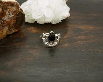 MUNA Onyx Sterling Silver 925 Ring