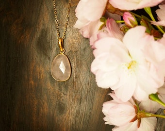AMITOLA Rose Quartz Sterling Silver 925 18ct Gold Plated Pendant