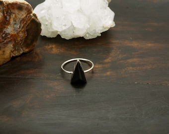 MINYA  Onyx Sterling Silver 925 Ring