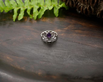 LOTUS Amethyst Sterling Silver 925 Ring