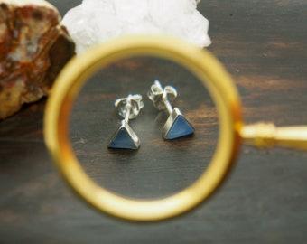 MAKA Blue Chalcedon Sterling Silver 925 Ear Stud