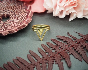 Simple Triangle Brass Ring