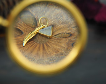 SIHU TRIANGLE Moonstone Sterling Silver 925 18ct Gold Plated Pendant