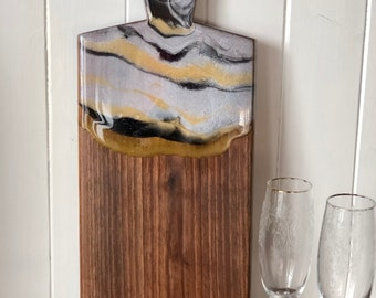 Resin Cheese board/Resin with wood/Resin Art/ Charcuterie board/ handmade from walnut, housewarming gift, wedding, anniversary, kitchen