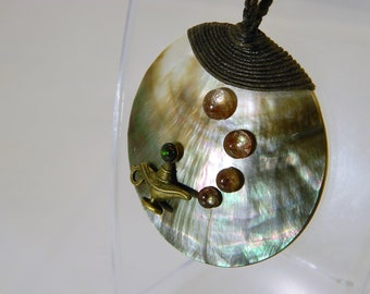 """Necklace """"magic lamp emanations on mother-of-pearl of the southern seas"""""""