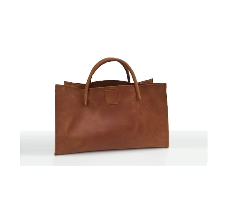 Leather bag semi-rigid leather cool carrying bag small transporter vintage design handmade