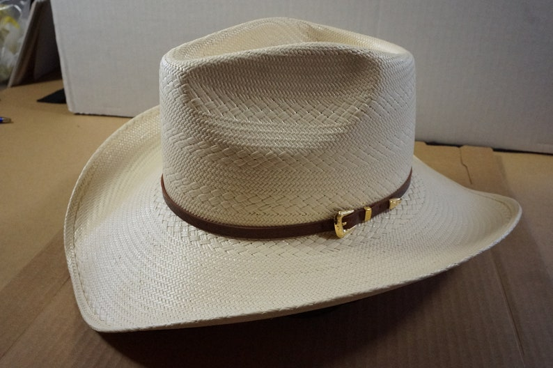62607861d87a7 Larry Mahan Woman s Straw Cowboy hat size 7 Made In