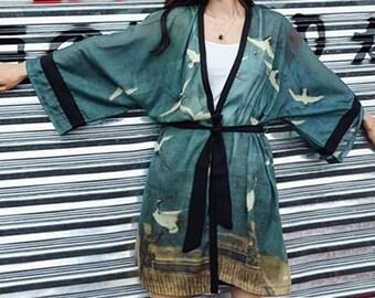 f4af84ee2 Japanese clothing /Kimono robe / japanese kimono / Kimono dress / kimono  cardigan / Japanese gifts / Japanese shirt / japanese dress /Japan