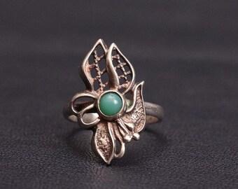 Vintage Sterling silver natural chrysoprase floral ring