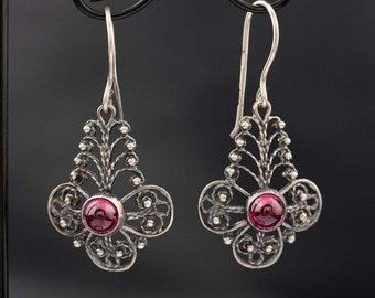 Silver ruby Earrings. Filigree 925 silver Earrings, Cabochon ruby Earrings. Dangle & Drop Earrings.