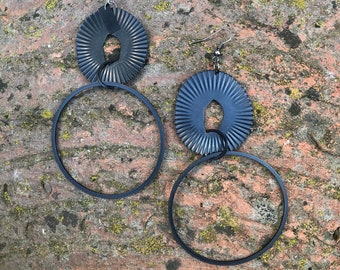 Statement earring with double creole made of light metal in vintage look, large earrings in antique look