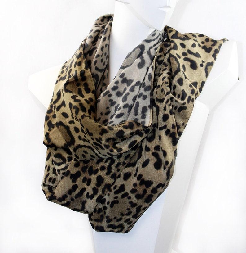 TUCH XXL cloth XXL scarf silk scarf silk scarf Leo print image 0