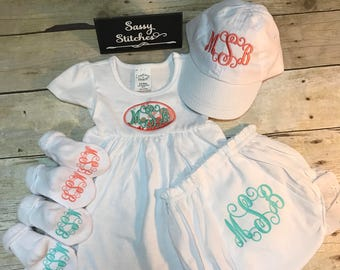 Baby girl cothing set, infant girl clothing set, infant girl dress, baby shower gift, monogrammed infant dress, personalized baby outfit