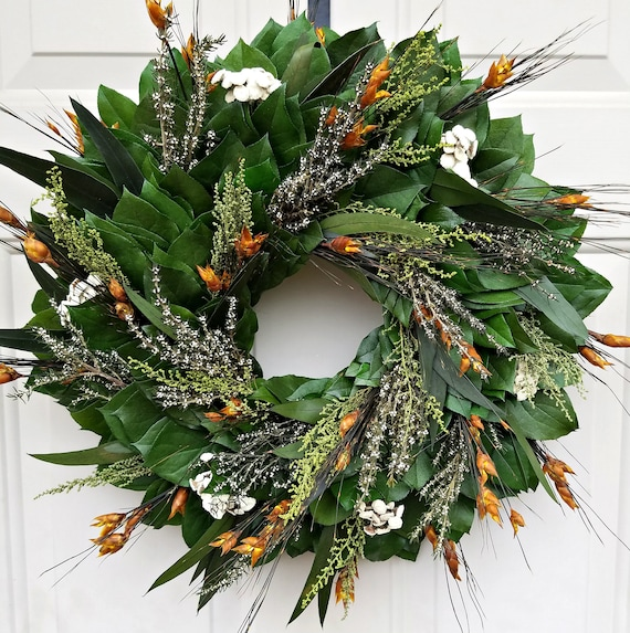 flower wreath, gift wreath, indoor wreath, leaf wreath, dried wreath, preserved wreath, door wreath, home decor, housewarming wreath