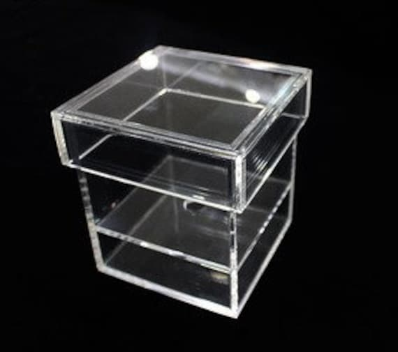 single preserved rose acrylic box