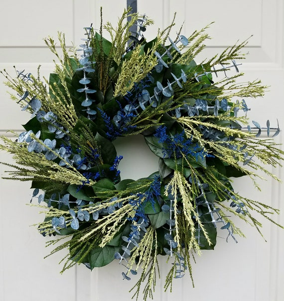 preserved wreath, preserved leaf wreath, blue wreath, wall hanger, small wreath, natural wreath, salal wreath, indoor wreath