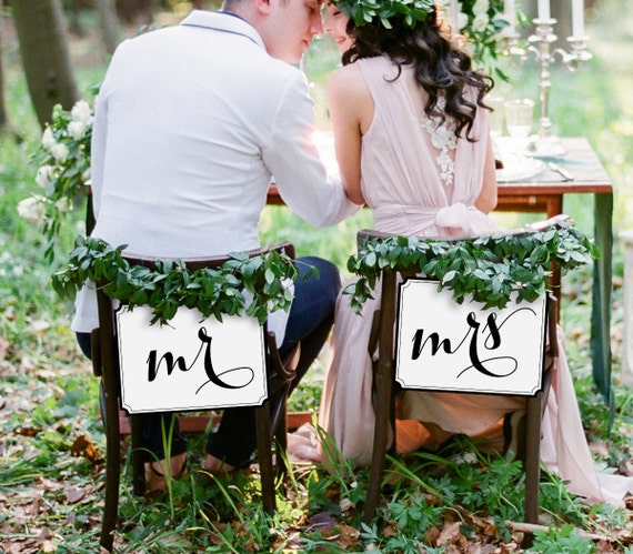 Mr and Mrs Chair Sign, Printable Wedding Chair Sign, DIY Bride and Groom Sign, Instant Download, Digital File, Wedding Decor, #101CS