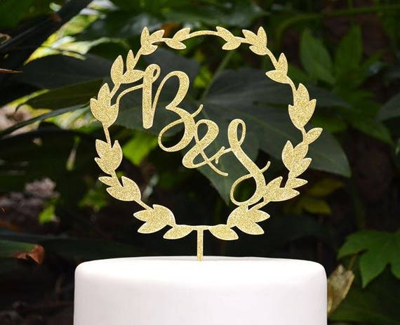 Wreath Initials Cake Topper - Wedding Custom Personalized Name Cake Topper