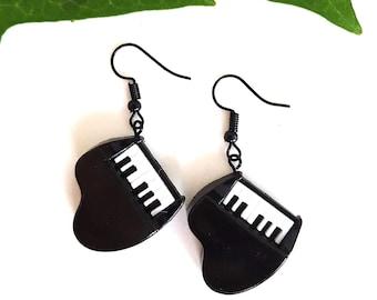 PIANO dangle earrings, piano earrings studs, keyboard, black and white earrings, musical instrument, musicians gift, pianist earrings
