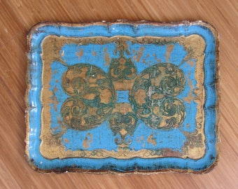 ' 60s Florentine tray in carved wood and decorated with gold and turquoise
