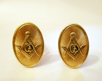 Occitanie Vintage French Medal Cuff Links || Lord and Lady One of a Kind