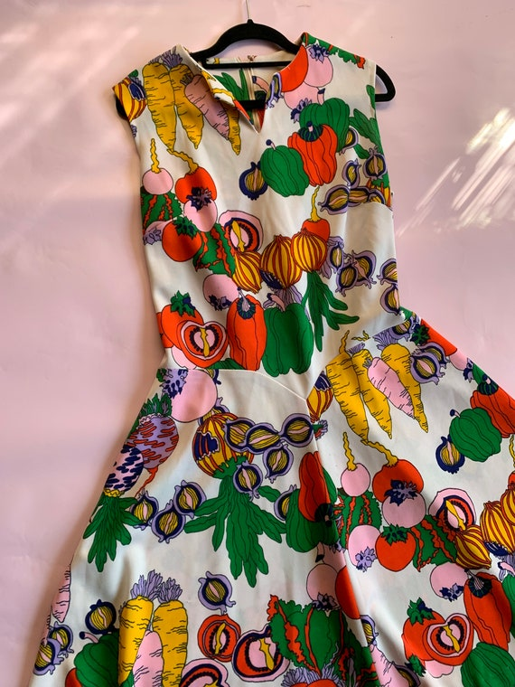 Vintage 60s Pop Art Dress    Gucci Style   Psyched