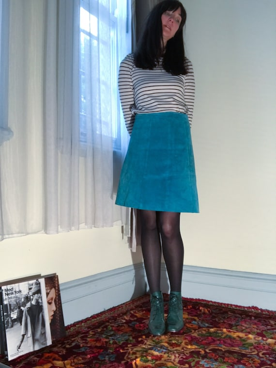 Vintage Suede Mini Skirt. A-Line Turquoise Blue. F
