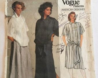 Uncut Vogue 2666 Sewing Pattern Vintage 1990s Perry Ellis Pants Skirt Top Bust 30.5 31.5 32.5 Misses Deep V Dress Size 6 8 10